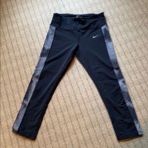 Nike Dri Fit workout crop leggings
